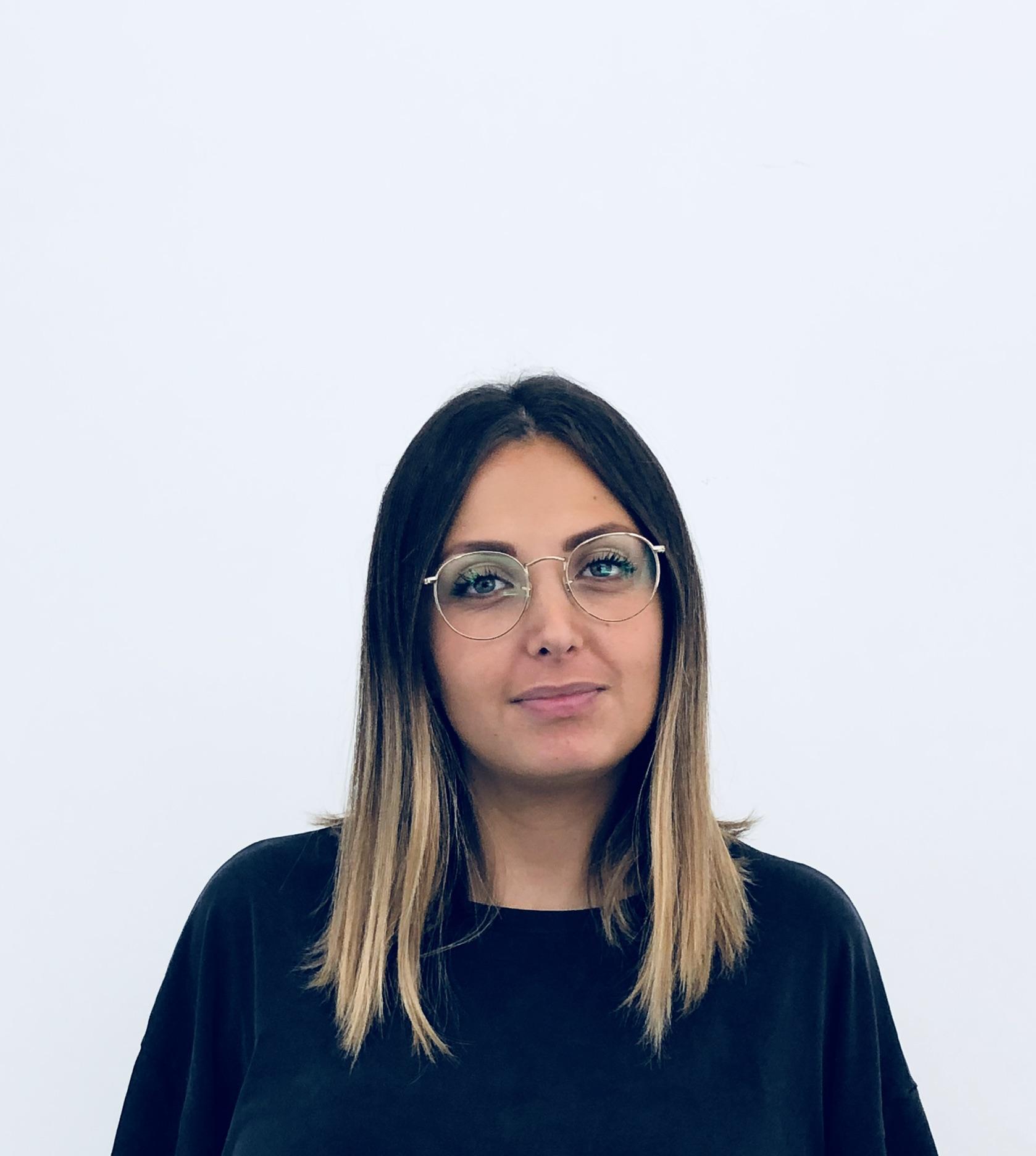 MARTINA BELCASTRO